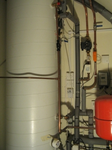 Air to Water Heat Pump Cylinder